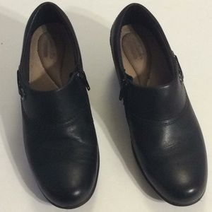 Clark's Women's Shoes Size 8 Preowned